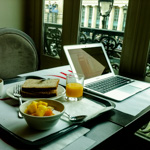 Breakfast in Paris | 27/03/2012
